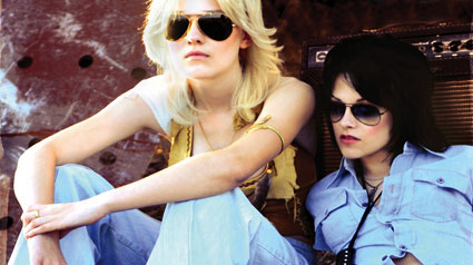 First Photo and Movie Poster of Kristen Stewart and Dakota Fanning in The Runaways