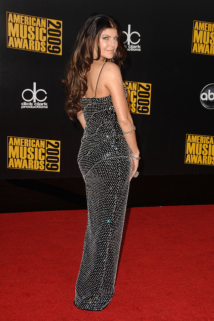 American Music Awards Ladies Red Carpet Gallery