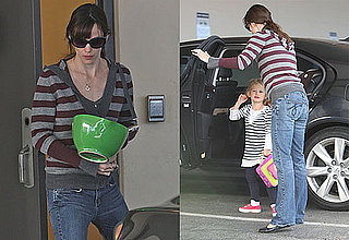 Photos of Jennifer Garner Dropping Violet Affleck Off at School