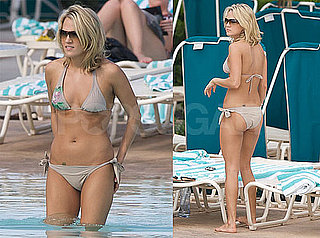 Photos of Carrie Underwood on Vacation in a Bikini