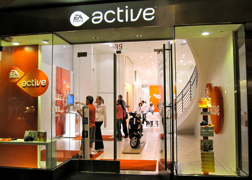 Daily Tech: EA Sports Active Opens Two Temporary Stores