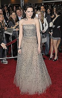 Kristen Stewart in Oscar de la Renta at the LA Premiere of New Moon