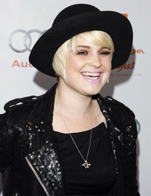 Photo of Kelly Osbourne in Winter Wide Brim Hat at 12th Annual Cracked Xmas Gala at The Wiltern in LA