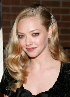 Link Time! Amanda Seyfried Is Leaving Big Love