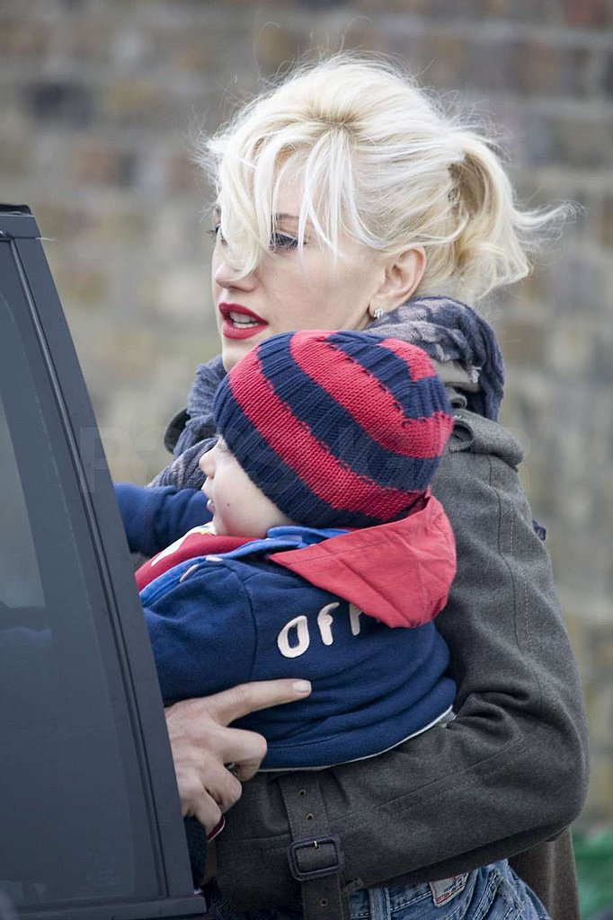 Photos of Gwen Stefani, Gavin Rossdale and The Boys Shopping in London