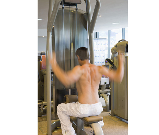 "<a href=""http:/... Men in the Gym</a>"