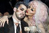 07631_Christina_Aguilera_Goulin_Rouge_Celebration_01_123_589lo