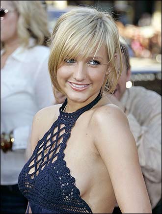 Ashlee Simpson Turns Down Playboy