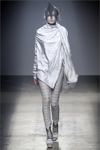 Gareth Pugh Goes Gray, Even a Little Soft for Spring 2010
