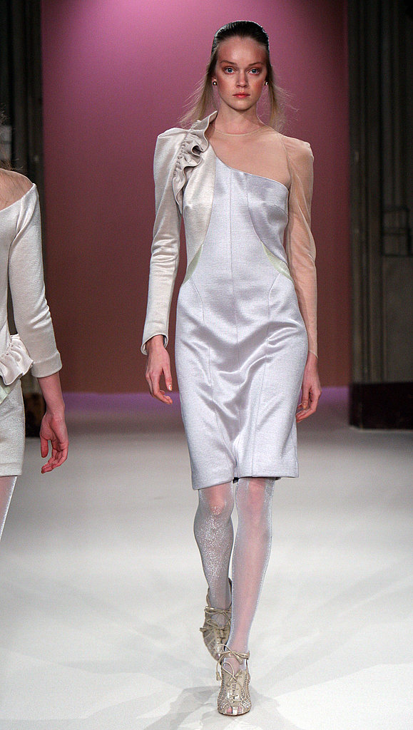 Paris Fashion Week: Anne-Valérie Hash Fall 2009