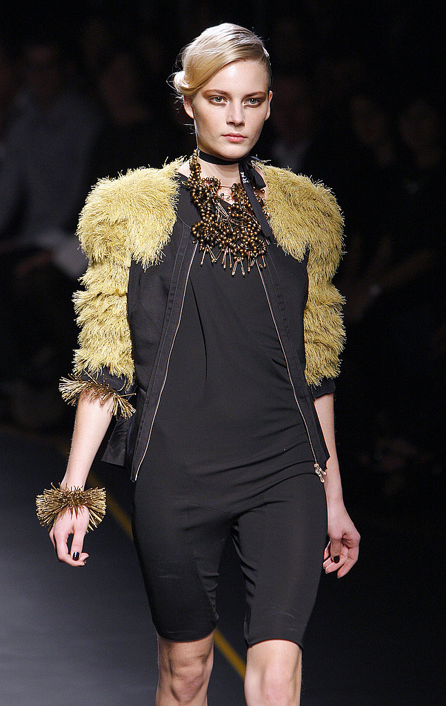 Paris Fashion Week: RM by Roland Mouret Spring 2010