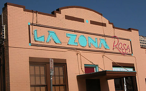 On Sundays, La Zona Rosa Turns Into a Dog-Friendly Church