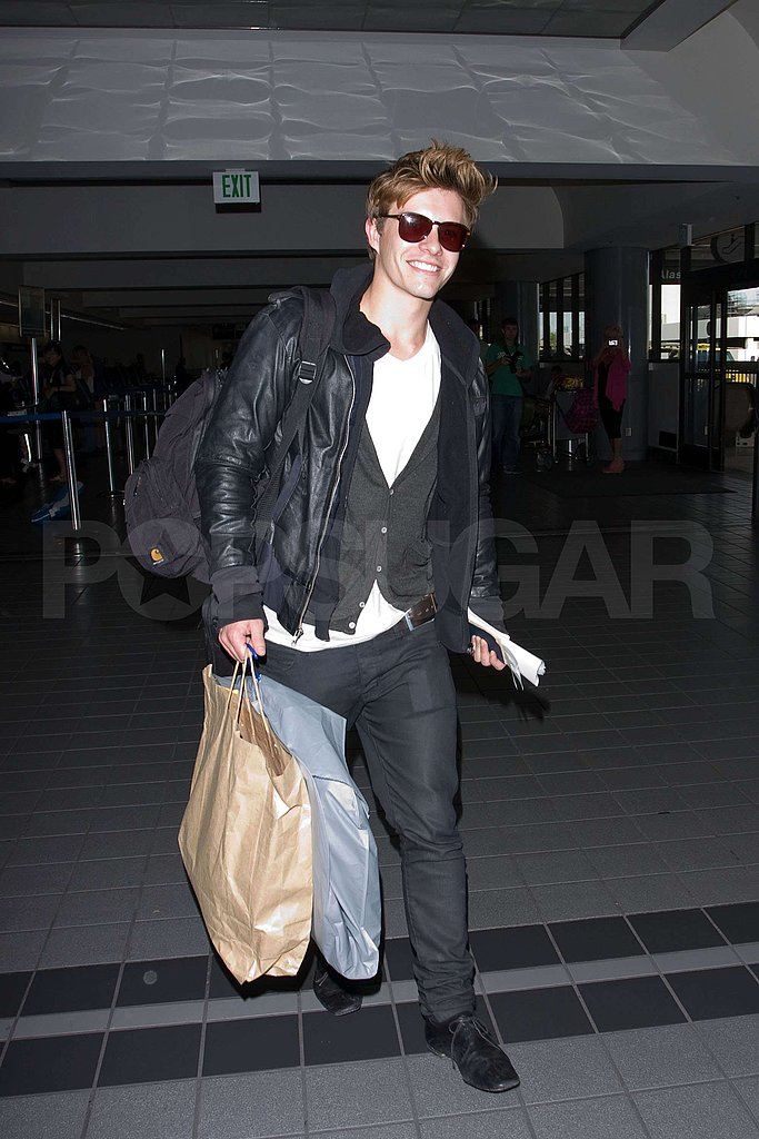 Photos of Twilighters Traveling to Vancouver