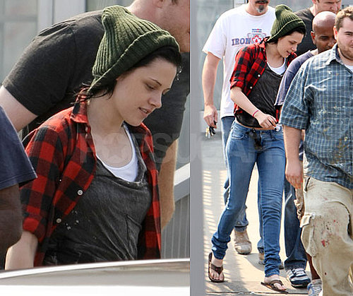 Photos of Kristen Stewart Leaving a Vancouver Hair Salon to Change up Her Joan Jett/Bella Swan Hair