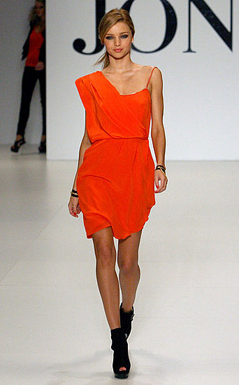 Miranda Kerr Walks the Spring/Summer &#039;09 David Jones Catwalk in Australia