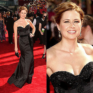 Photo of Jenna Fischer on the Emmy Awards Red Carpet