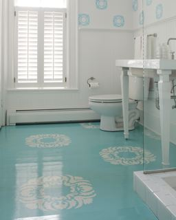 Cookie shows you how to make this stenciled floor.