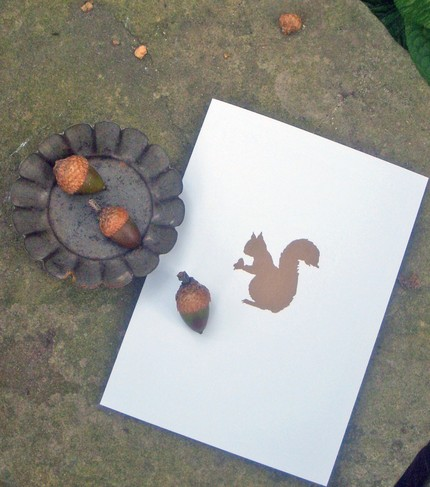 This Nutty Squirrel Card Set ($15 for a set of 10) is a perfect, minimalist design that instantly says Autumn.