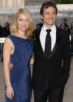 Roundup Of The Latest Entertainment News Stories — Claire Danes and Hugh Dancy Married in France