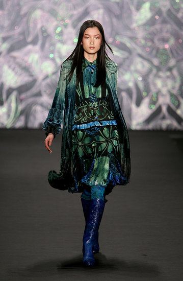 Art Nouveau Sleeves at Anna Sui