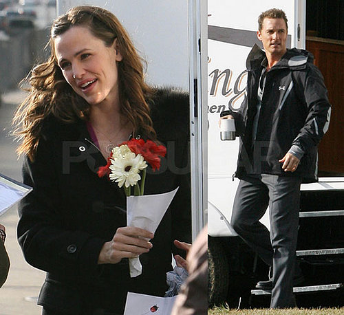 Jennifer Garner And Matthew McConaughey On The Set Of Ghosts Of Girlfriends Past