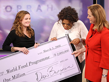 Drew Barrymore Donates $1 Million to Fight Hunger