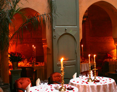 Yummy Link: World's Most Romantic Restaurants