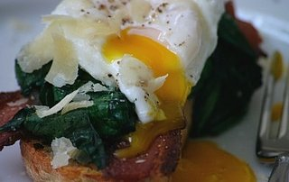 Yummy Link: Breakfast Crostini
