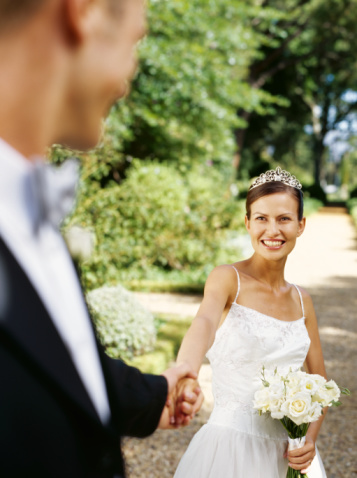 Is It Bad Luck For the Bride and Groom to See Each Other Before the Wedding?