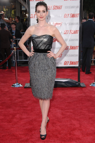 Anne Hathaway: A Fashion Metamorphosis