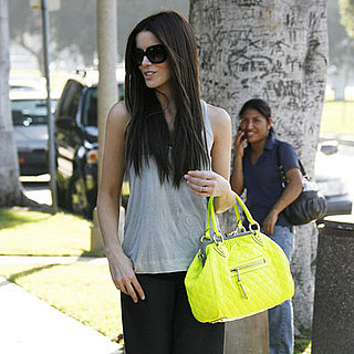 Kate Beckinsale and Her Yellow Bag at the Chris McMillan Salon