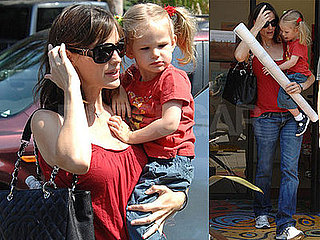 Photos of Jennifer Garner and Violet Affleck 2008-07-16 14:30:23
