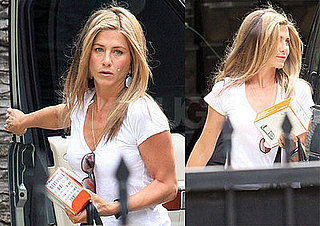 Photos of Jennifer Aniston in LA 2008-10-03 07:45:00