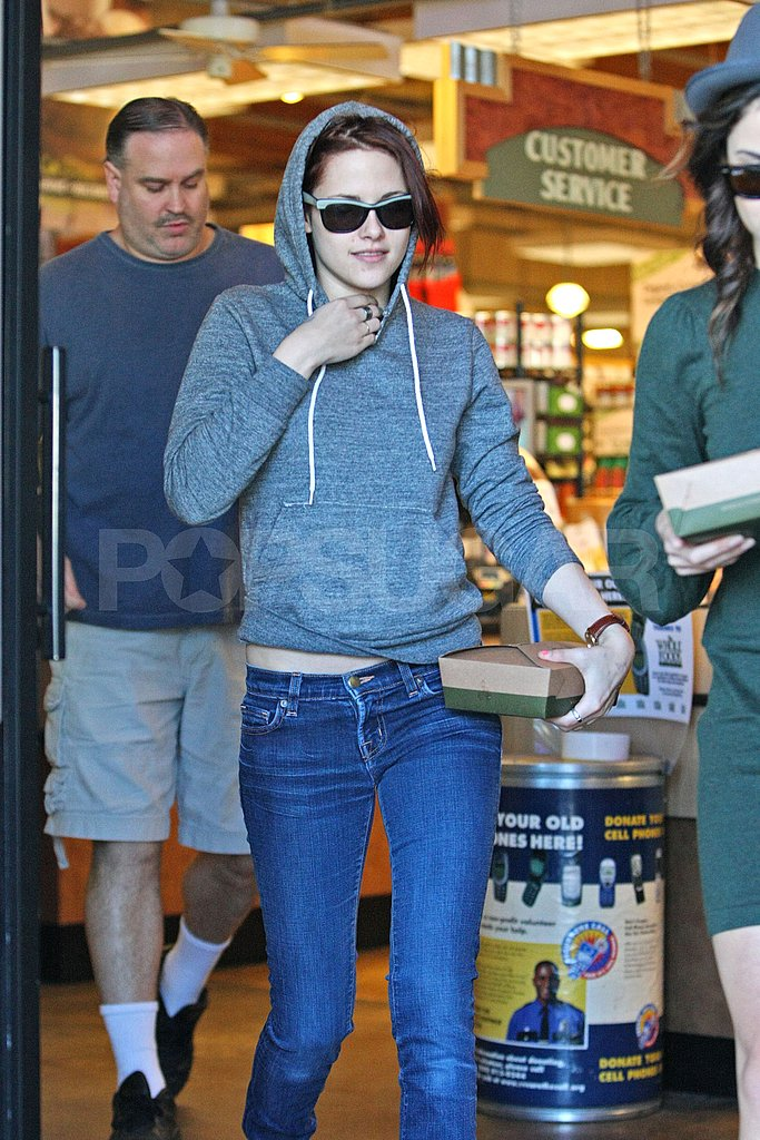 Kristen Stewart Grabs Lunch