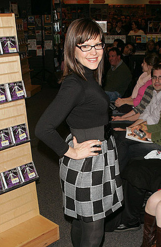 Lisa Loeb Is a Total Gadget Girl