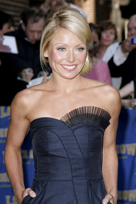 Kelly Ripa: iPhone!