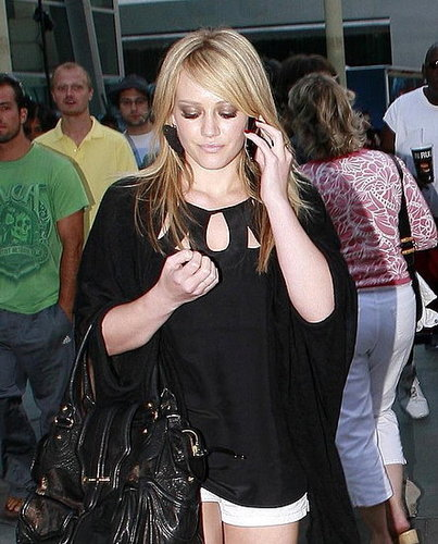 Hilary Duff Upgrades From a Sidekick LX to an iPhone 3G From Apple