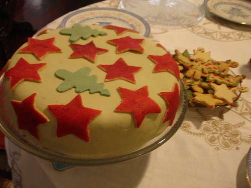 Rich Fruit Cake with Marzipan and Fondant