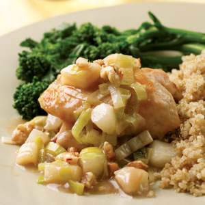 Fast & Easy Dinner: Chicken With Pear and Leek Sauce
