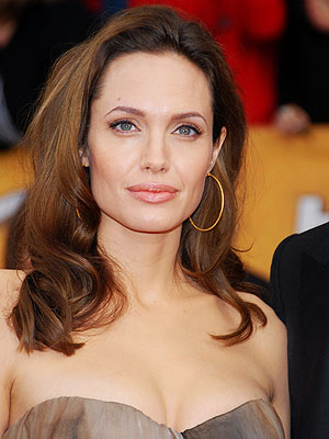 Angelina's Stylist Spills on her Post-Twins Style While Preparing for 'The Changeling' Premiere