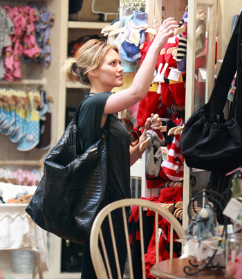 Hilary Duff Shops at Maxwell Dog in Studio City, California
