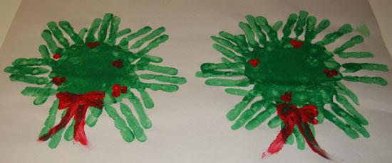 Fanned Hand Wreaths