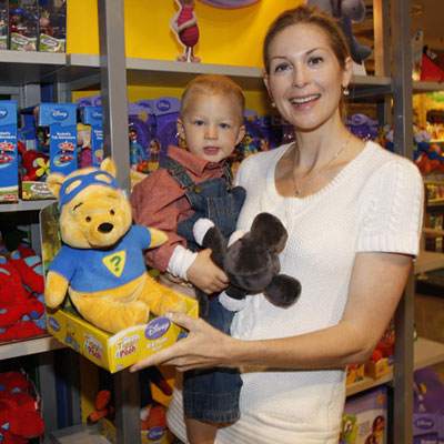 Gossip Girl's Kelly Rutherford Took Hermés to See Pooh