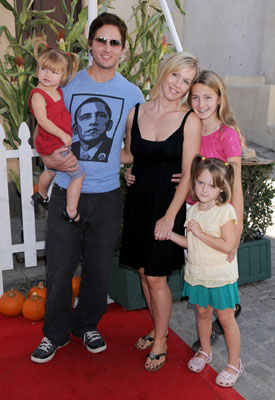 Jennie Garth and Family at Camp Ronald McDonald's 16th Annual Family Halloween Carnival