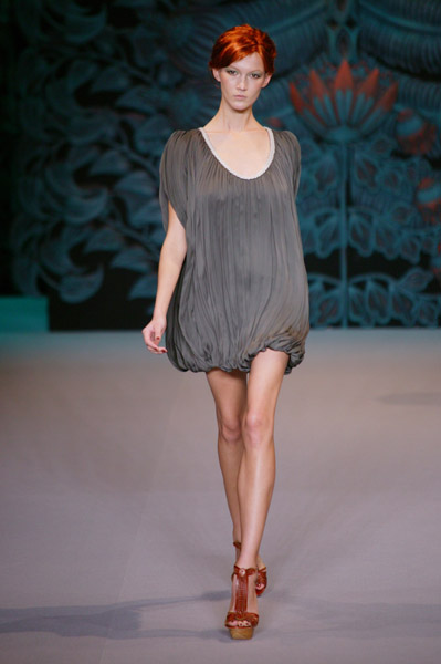 Paris Fashion Week: Alena Akhmadullina Spring 2009