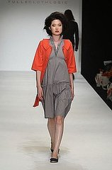 Los Angeles Fashion Week: Tulle & Cloth Logic Spring 2009