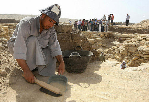 Legend of the Hidden Pyramid: 4,000 Year Old Burial Found