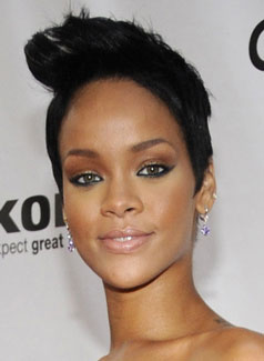 Rihanna at Fashion Rocks: Hair and Makeup