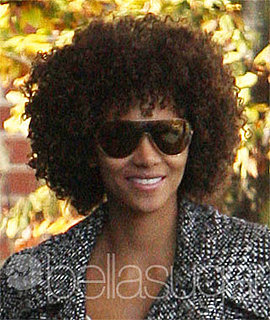 Halle Berry Is a Curly Girly