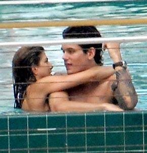 Love Them Or Hate Them... John Mayer + Jennifer Aniston